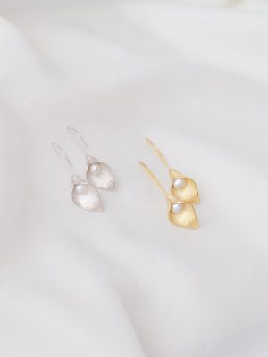 calla-lilly-earrings