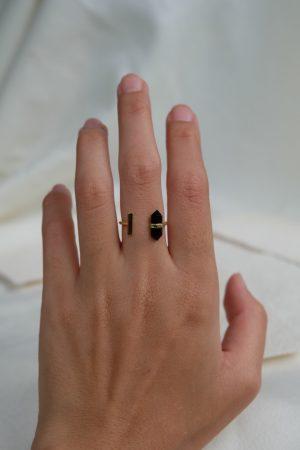 helena-ring-black-obs