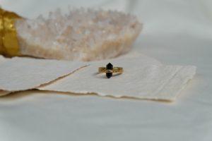 maeve-ring-ver-black-obs